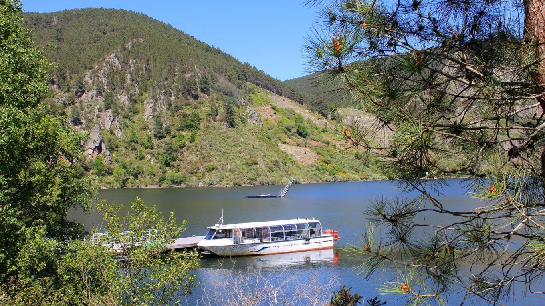 catamaran sil rivera sacra