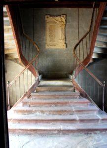 Escalera al campanario iglesia de Ainhoa