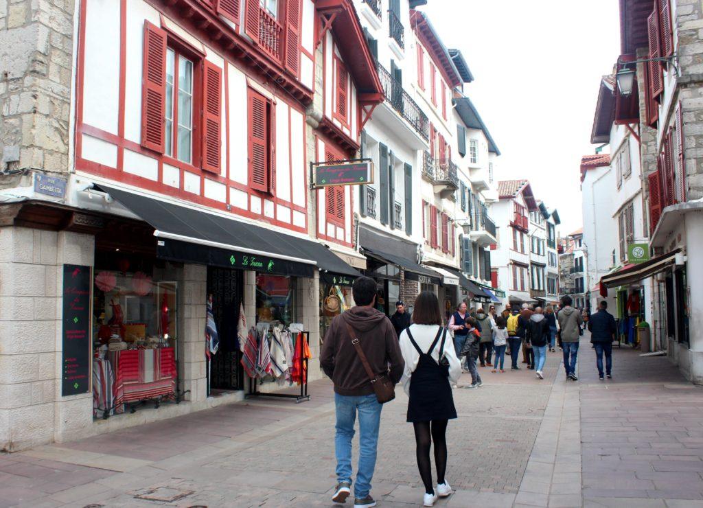 Edificios de colores en San Juan de Luz