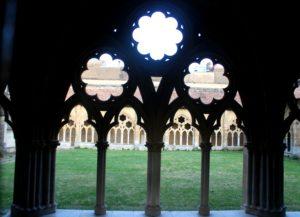 Claustro de la catedral de Santa María de Bayona
