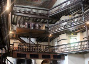 Interior de la iglesia de S. Martín de Espelette