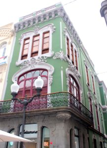 Edificio modernista en el Barrio de Triana
