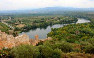 Castillo de Miravet y meandro de Tamarigar