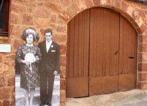 Fotografías de los propietarios de las viviendas en Prades