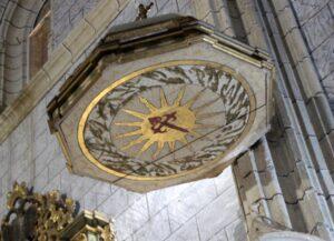 Cruz de Santiago en la iglesia de Santiago Apóstol de Llerena