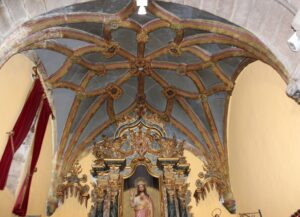 Ábside estrellado de la iglesia de San Vicente en Braganza