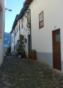 Calles de la Ciudadela medieval de Braganza