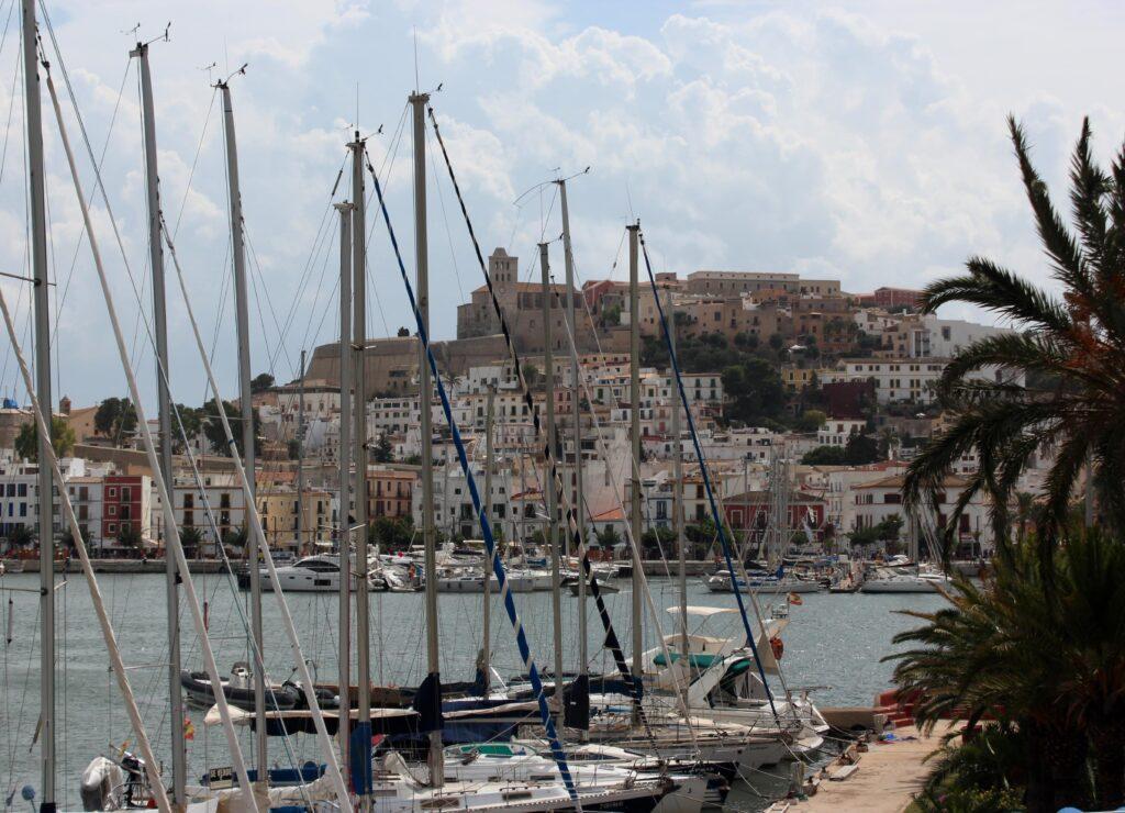 Barcos del puerto de Ibiza