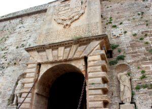 Portal de ses Taules. Dalt Vila de Ibiza