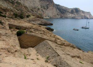 Canteras de la cala de Atlantis en Ibiza