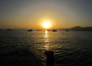 Puesta de sol en el puerto de La Azohía