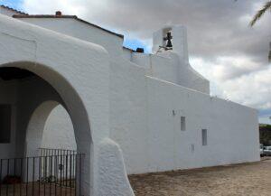 Iglesia de San Carlos de Peralta