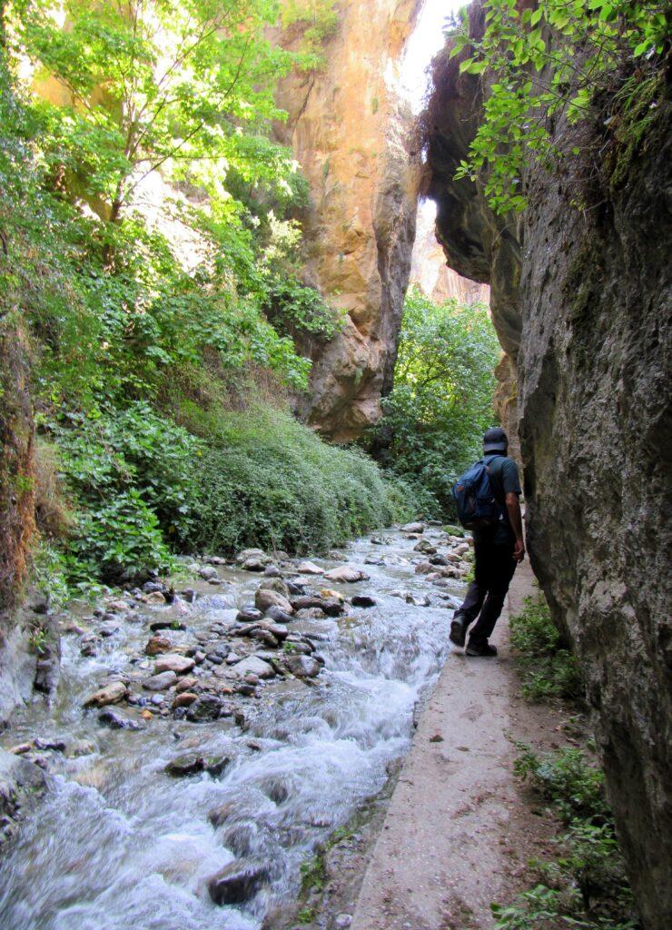 Ruta por la cueva de las Palomas. Monachil