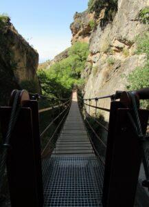 Puente largo de los Cahorros