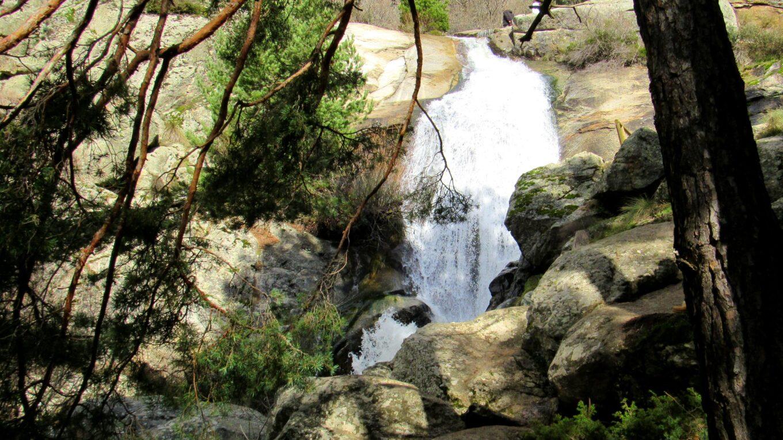 Senda cascada del Hornillo