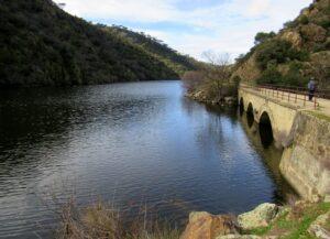 Puente embalse de Picadas