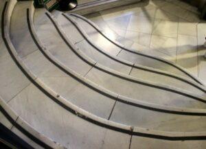 Escalera circular del palacio de Cibeles