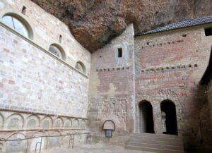 Panteón de los nobles Monasterio San Juan de la Peña