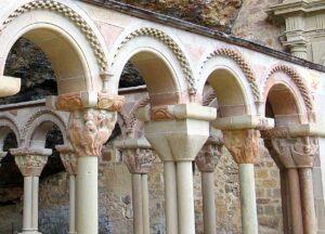 Escenas capiteles claustro San Juan de la Peña